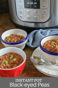 Thanks to our Instant Pot Black Eyed Peas Recipe, this classic southern-style dish is ready to eat in less than one hour! Bursting with regional flavors and flair, this Instant Pot Black Eyed Peas Recipe is so hearty, so satisfying, and SO easy to make! Meat And Potatoes Recipes, Pea Recipes, Fall Recipes, Crockpot Recipes, Drink Recipes, Summer Recipes, Dessert Recipes, Fresh Black Eyed Peas Recipe, Easy Weeknight Meals
