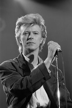 Bowie- I like a few of his songs, but he's not my favorite‍♀️