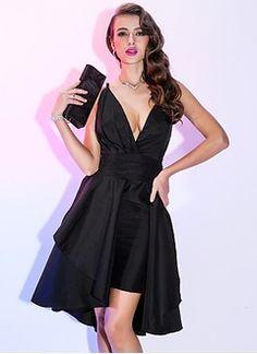 A-Line/Princess V-neck Detachable Taffeta Cocktail Dress With Ruffle