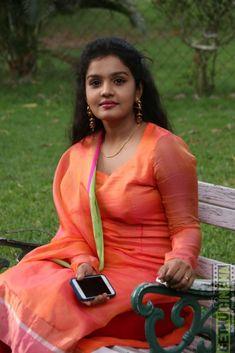 6 Actress Maya Gallery Beautiful Bollywood Actress, Most Beautiful Indian Actress, Beautiful Actresses, South Indian Actress Hot, Indian Actress Hot Pics, Stylish Girl Images, Beautiful Women Pictures, Arabian Beauty Women, Dehati Girl Photo
