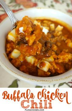 Buffalo Chicken Chili - ready in under 30 minutes!! Ground chicken, black beans, chili beans, tomato sauce, chicken broth, buffalo sauce, chili powder, cumin, garlic and onions - SO good! Can adjust the heat up or down to your taste. Top with cheese and sour cream!
