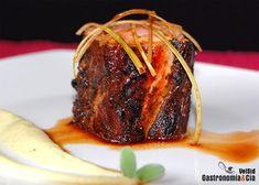 Recetas de solomillo de cerdo para Navidad   Gastronomía & Cía Salsa Picante, Food Plating, Tapas, Steak, Cooking Recipes, Yummy Food, Beef, Dishes, Globe