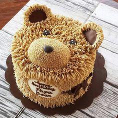 Cupcakes, Cupcake Cakes, 1st Bday Cake, Teddy Bear Cookies, Cake Decorating Piping, Picnic Birthday, Animal Cakes, Cake Craft, Summer Cakes
