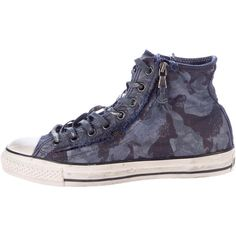 Pre-owned Converse by John Varvatos Camouflage Chuck Taylor Sneakers ($95) ❤ liked on Polyvore featuring men's fashion, men's shoes, men's sneakers, blue, mens shoes, mens blue tie, mens high tops, mens zipper shoes and mens camo shoes