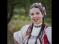 Maria-Ioana Cobzaș - Bade iară îi beteag - YouTube Nasa, Crochet Necklace, Crown, Youtube, Instagram, Fashion, Folklore, Moda, Corona