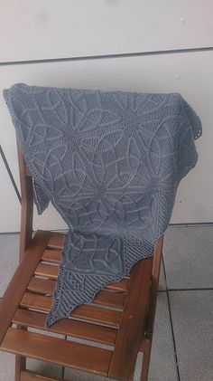 Ravelry: Project Gallery for Taliesin pattern by Lucy Hague