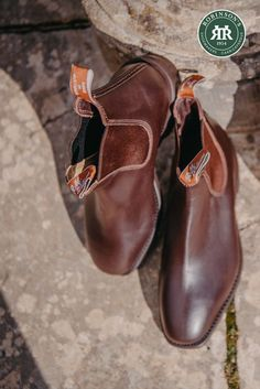 Shop the iconic R.M. Williams Comfort Craftsman Chelsea boot at Robinson's Shoes. Pictured in chestnut. #rmwilliams #rmwilliamscomfortcraftsman #chelseaboots #robinsonsshoes Rm Williams, Shoe Horn, Shoe Tree, Dress With Boots, Types Of Shoes, New Shoes, Leather Heels, Craftsman, Chelsea Boots