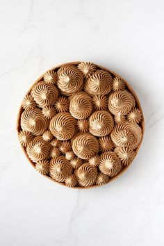 Paris-Brest tart that's made of golden crust filled with chocolate and praline cream and on top there's a crunchy chocolate and hazelnut disc. Tart Recipes, Sweet Recipes, Dessert Recipes, Sweet Pie, Sweet Tarts, Just Desserts, Delicious Desserts, Paris Brest, French Patisserie