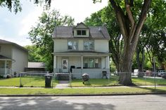 Just Listed | 924 8th Street N, Fargo, ND MLS # 16-3185 Charming home in Fargo! This 3 bed, 2 bath home has many recent updates. Nice spacious layout with gleaming hardwood floors throughout kitchen into lovely formal dining area.
