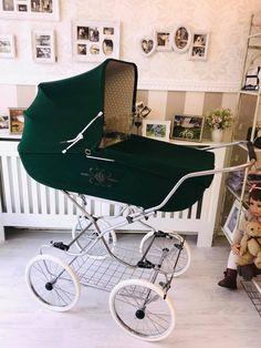 Retro Vintage, Vintage Pram, Prams And Pushchairs, Baby Prams, Baby Carriage, Kids Decor, Baby Gear, Kids And Parenting, Baby Room