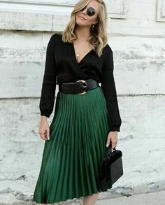Emerald Green Skirt and Classic Black Blouse — Personally Paige : Emerald Green Pleated Zara Skirt & Black Wrap Blouse Green Skirt Outfits, Green Pleated Skirt, Midi Skirt Outfit, Winter Skirt Outfit, Dress Outfits, Fashion Outfits, Pleated Skirts, Green Blouse Outfit, Green Outfits For Women