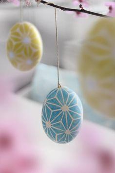 Eierbemalung, die Dritte :wink: Dieses Mal inspieriert von Ikea-Brakig. Jetzt kann ich dann bald nen Shop aufmachen, so viele Eier hab ich :wink: