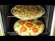 PIZZA CASEIRA DE LIQUIDIFICADOR, RÁPIDA E FÁCIL Mini Pizzas, Cookie Do, Griddle Pan, Pizza Recipes, Food And Drink, Appetizers, Lunch, Meals, Cooking