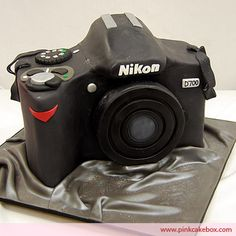 camera cake. The detail is amazing