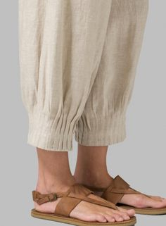 Linen Crinkle Gauze Sleeveless Layered Top with Scarf Plazzo Pants, Salwar Pants, Salwar Dress, Trouser Pants, Linen Pants, Salwar Designs, Blouse Designs, Salwar Pattern, Kurti Sleeves Design