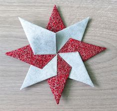 Fabric Ideas Fabric Star Ornament- tutorial for easy Christmas sewing - Geta's Quilting Studio - Great for scraps. It works with fabric squares in any size. Christmas Quilt Patterns, Christmas Sewing, Christmas Crafts, Christmas Ornaments, Christmas Ideas, Christmas History, Christmas Fabric, Christmas Star, Holiday Ideas