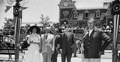 Rehearsal of the Official Dedication of Disneyland with the Governor of California Disneyland Opening Day, Governor Of California, Walt Disney Company, Vintage Disney, Mickey Mouse, Happiness, Magic, Eyes, History