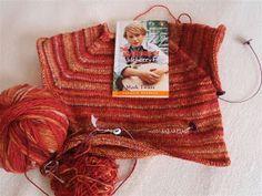 Na přání vkládám návod jak uplést raglánový svetr + jako dárek návod na tento svetr vel. 104-110 Jakmile se ho jednou naučíte plé...