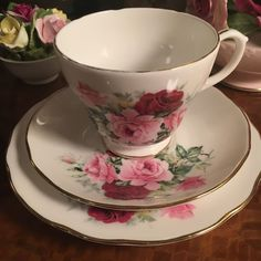 Duchess Vintage Fine Bone China Trio Cup Saucer Side Plate Pink Roses