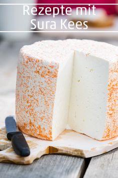 Sura Kees ist eine regionale Spezialität aus dem Montafon in Vorarlberg. Der Magerkäse geizt nicht mit Geschmack und bietet die Grundlage für vielerlei Rezepte. #kaese #käse #surakees #rezept #rezepte #visitvorarlberg #myvorarlberg Vanilla Cake, Cheese, Desserts, Food, Types Of Cereal, Apple Strudel, Treats, Foods, Tailgate Desserts