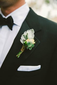 Elegant boutonniere: http://www.stylemepretty.com/2015/03/01/traditionally-elegant-la-jolla-wedding/ | Photography: Emily Blake - http://emilyblakephoto.com/