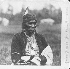 O-ge-mah-o-cha-wub (Mountain Chief), chief of Leech Lake Ojibways, 1860