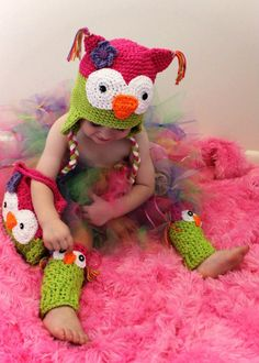Crochet owl hat,legwarmers and purse.. $60.00, via Etsy.