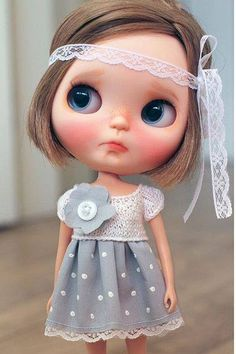 Cutie of the Day  by ? (does anyone knows who the customizer is?) Check all Blythe Doll Customizers at www.dollycustom.com