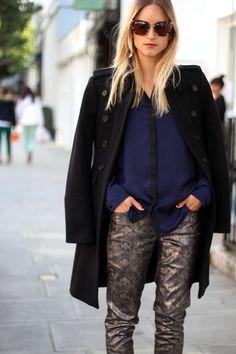 Military coat and snake metallics #streetstyle #fashion