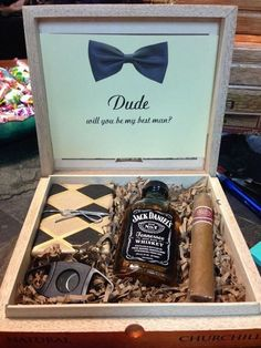 Groomsmen gift boxes! What a fabulous gift for a best man or groomsman. This groomsman gift box is great and is awesome to use in the future to store watches, keys, wallet, or other special keepsakes. More