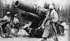 Heavy German siege cannon captured by Soviet soldiers near Leningrad, January 1943.