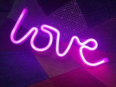 Acrylic Neon LOVE Li