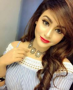 Most Beautiful and Sexy Babes!hot women Share the beauty and love. Stylish Girl Images, Stylish Girl Pic, Stylish Dpz, Bollywood Actress Hot, Cute Girl Photo, Beauty Full Girl, Beautiful Girl Image, Girls Dpz, Girls Image