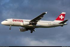 HB-JLS Swiss Airbus A320-214
