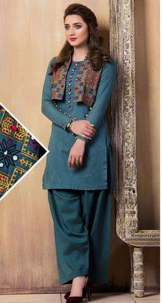 Latest Kurti With Jackets Design - The handmade craft Pakistani Fashion Casual, Pakistani Dresses Casual, Pakistani Dress Design, Stylish Dresses For Girls, Stylish Dress Designs, Casual Summer Dresses, Kurta Designs Women, Blouse Designs, Salwar Designs