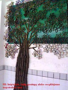strom-třeba kolektivní práce (opět ruličky od toaleťáku)