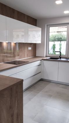 Kitchen Room Design, Kitchen Cabinet Design, Modern Kitchen Design, Kitchen Layout, Home Decor Kitchen, Interior Design Kitchen, Kitchen Unit, Kitchen Decorations, Interior Modern