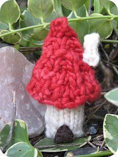 Fairy Home Mushroom Knitting Pattern - Natural Suburbia