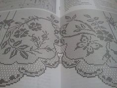 This Pin was discovered by Eka Filet Crochet Charts, Crochet Stitches, Free Crochet, Holiday Crochet Patterns, Doily Patterns, Create Picture, Crochet Curtains, Bargello, Chrochet