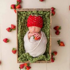 Newborn Strawberry Beanie Pattern {Photo credit Sleepy Willow Photography} - you can find this pattern in my Etsy shop {lilybphotoprops}.