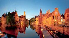 La muy, muy bella ciudad de Brujas (Brugge) se ubica en el norte de Bélgica, a una hora escasa de recorrido desde Bruselas, la capital del país. Se trata...
