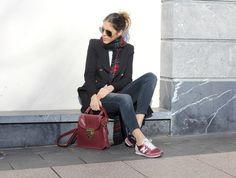Outfit with burgundy new balance