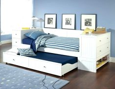 Do you have a daybed in your home? You may have to change your old daybed into the latest concept. This daybed is made with trundle concept. Trundle Bed With Storage, Daybed With Trundle, Full Daybed, Bed Storage, Full Size Bed Mattress, Kids Bedroom, Bedroom Decor, Bedroom Ideas, White Daybed