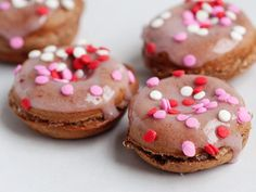 Baked Chocolate Doughnuts with Strawberry Glaze/dcc