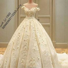 f4403b0ab Princess Real Wedding Dress 2017 Off Shoulder Weddding Dresses Robe De  Mariage Appliques Lace with Flower Wedding Gowns