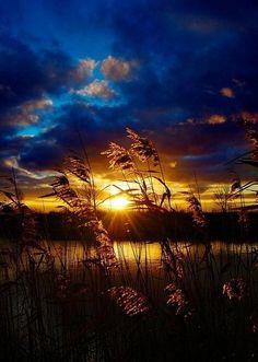 Sun Peaking Over the Horizon, panorama, cloudy sky, water, amazing, breathtaking, photo, mother nature