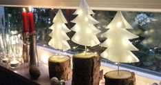 Christmas trees made of paper- Weihnachtsbäume aus Papier Make DIY fir trees out of sandwich bags - Noel Christmas, Christmas Paper, Christmas Crafts, Christmas Decorations, Diy Décoration, Easy Diy, Diy Hanging Shelves, Diy Crafts To Do, Navidad Diy