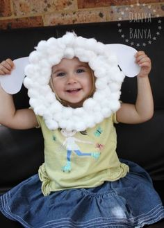 Paper Plate Sheep Mask for Kids Adorable sheep mask or Spring lamb craft activity for kids, that eve Farm Animal Crafts, Sheep Crafts, Vbs Crafts, Bible Crafts, Preschool Crafts, Farm Theme Crafts, Preschool Farm Crafts, Farm Animals Preschool, Farm Activities