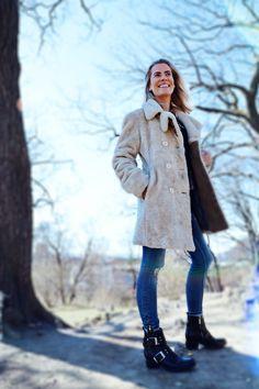 Selfies, Raincoat, Winter Jackets, Portraits, Photo And Video, Instagram, Fashion, Winter Coats, Moda