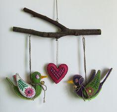 love birds mobile...What a cute idea for a felt mobile!